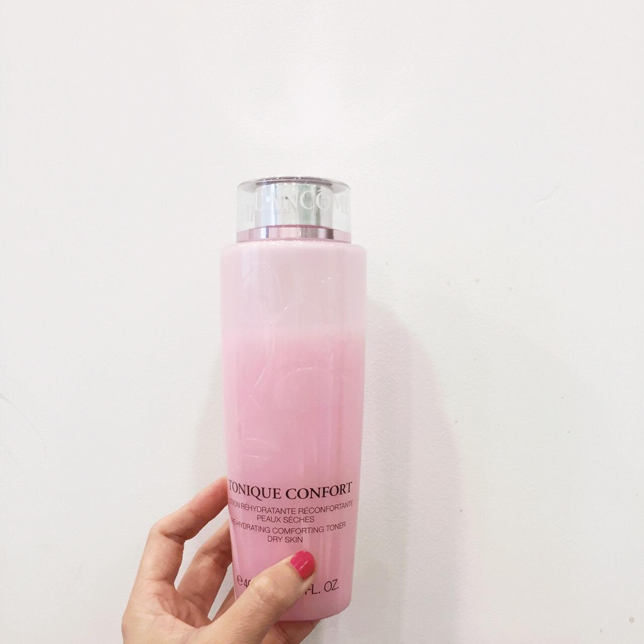 兰蔻粉水护肤步骤