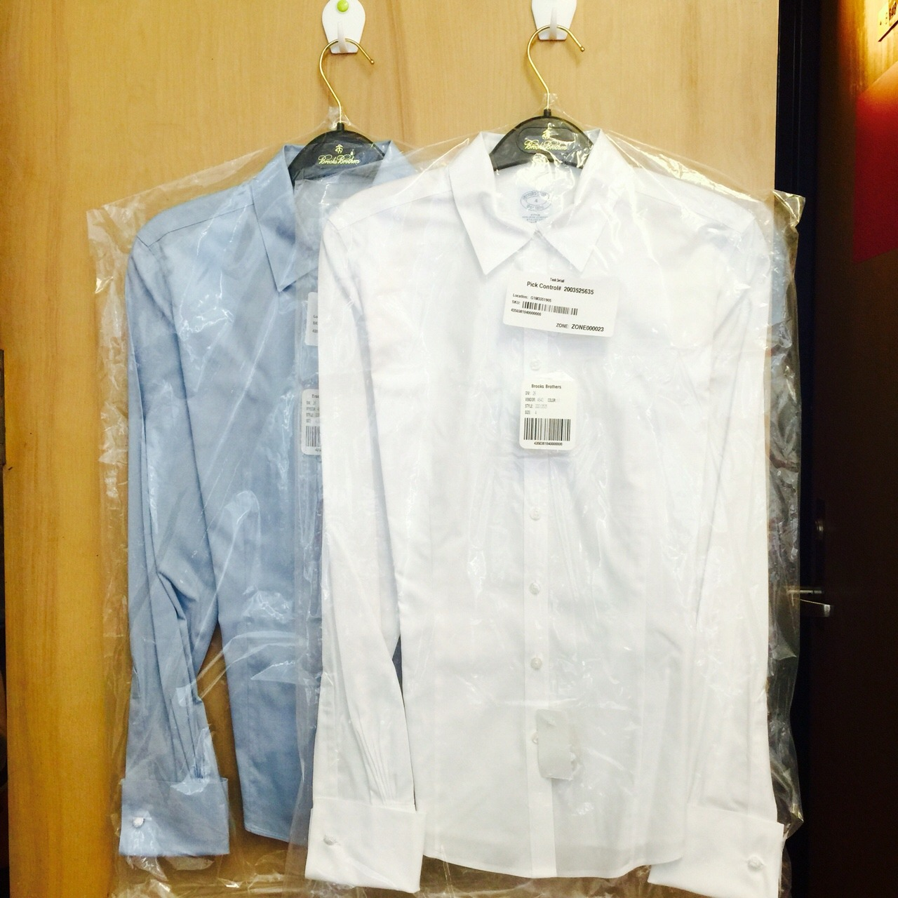 白色真丝衬衫搭配