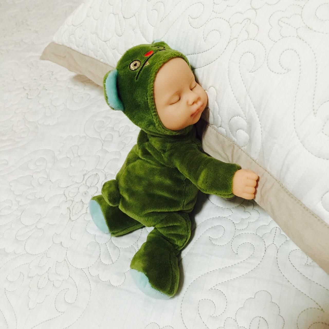 bieber比伯睡眠娃娃
