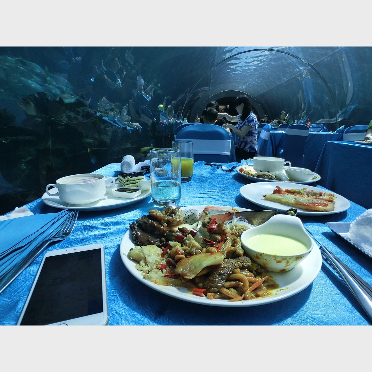 三亚唯一一家海底自助餐厅__三亚唯一一家海底自助餐厅_-小红书