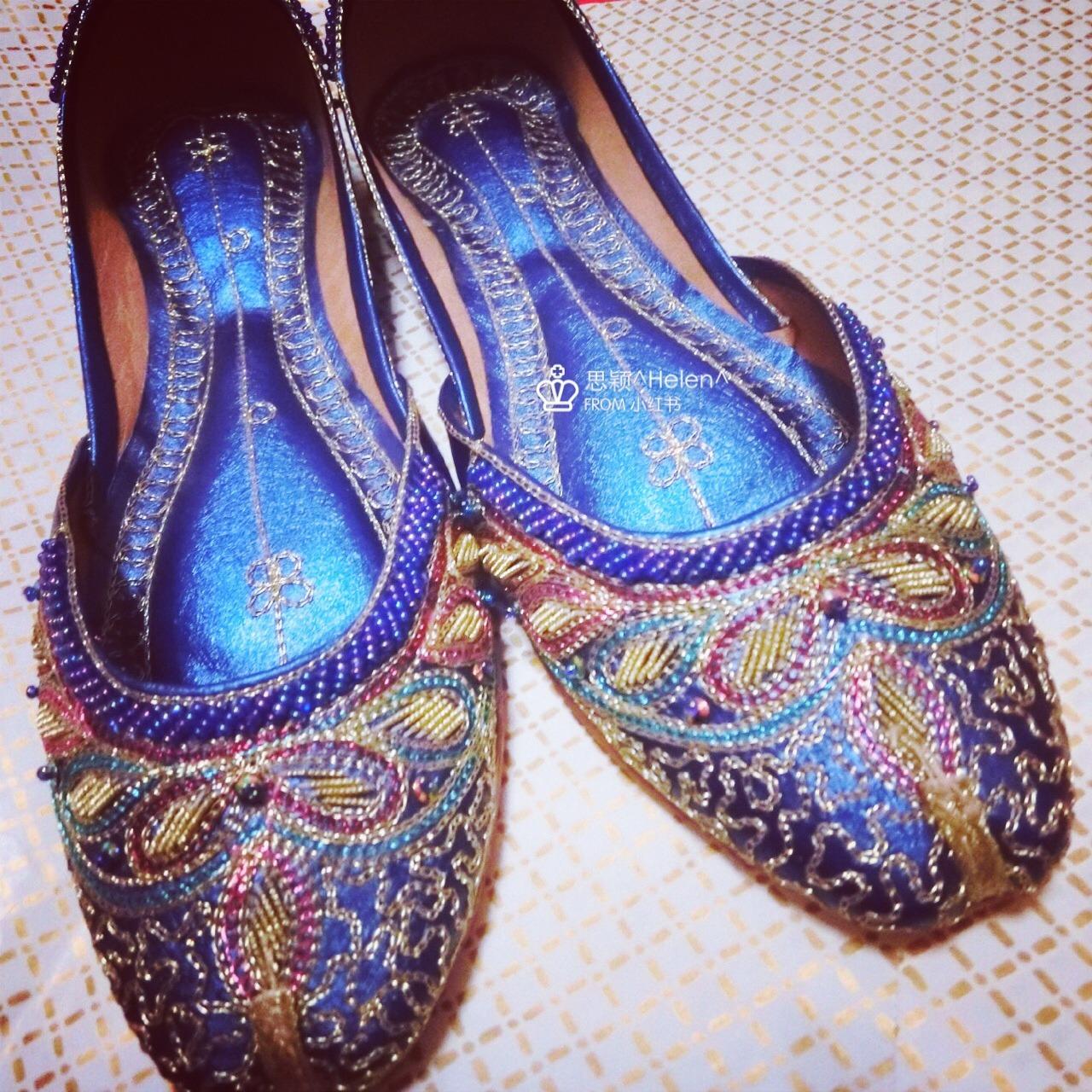 就非常喜欢具有民族风情的物品,无意间在淘宝看到民族风手工鞋,一眼看