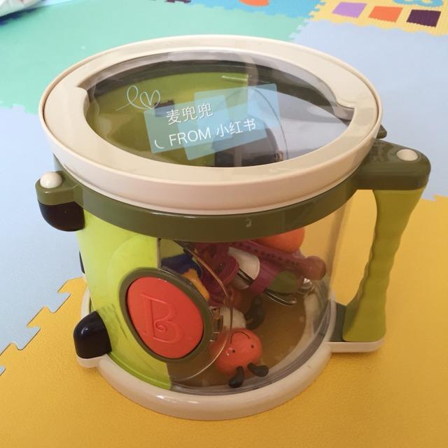 toys的大鼓乐队 加大鼓一共五种乐器,两只鼓捶[哈哈.
