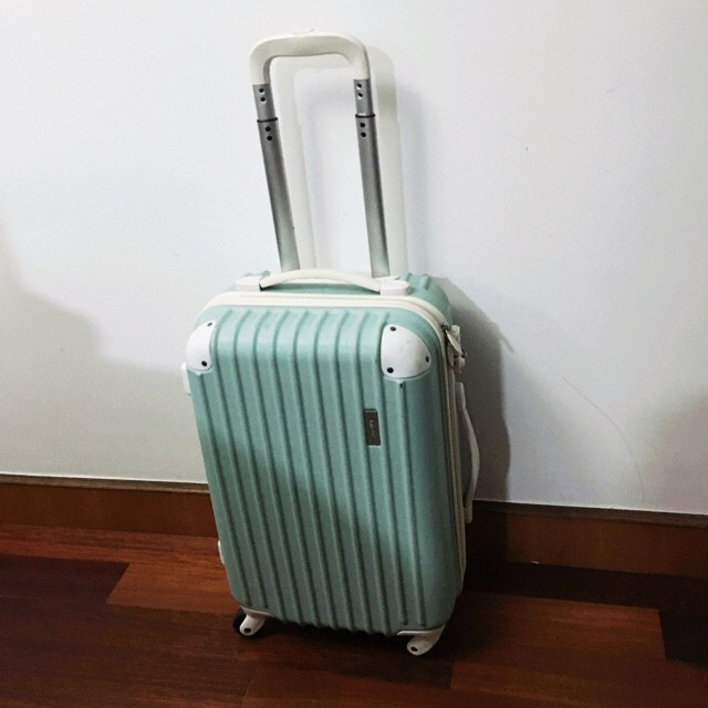 20寸的行李箱可以带上飞机适合短期旅