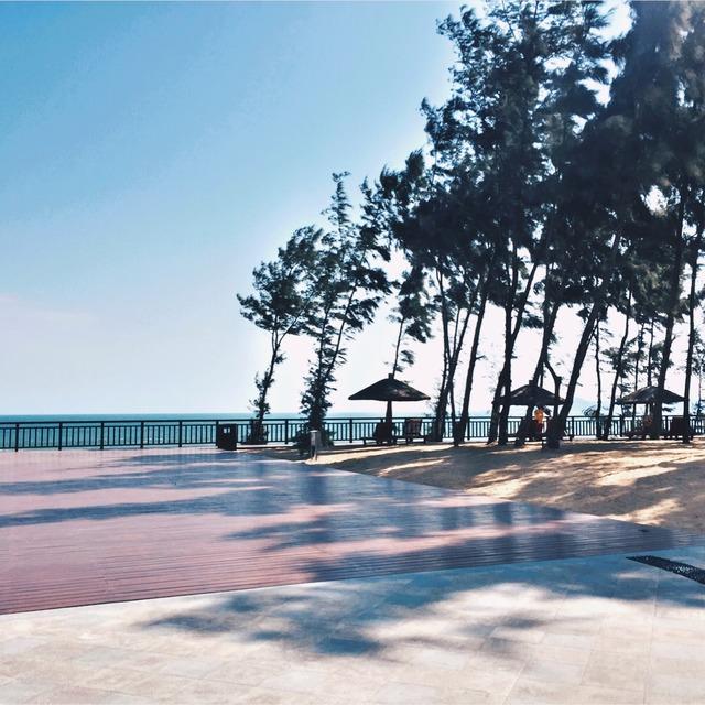 三亚海棠湾香格里拉酒店 我们定的是海景房 大概1k左右 对就是图二