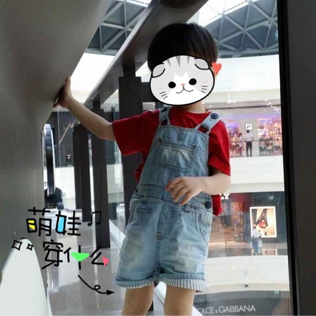 2 小朋友穿背带裤真的是萌萌哒!太可爱了,红色又很显白!