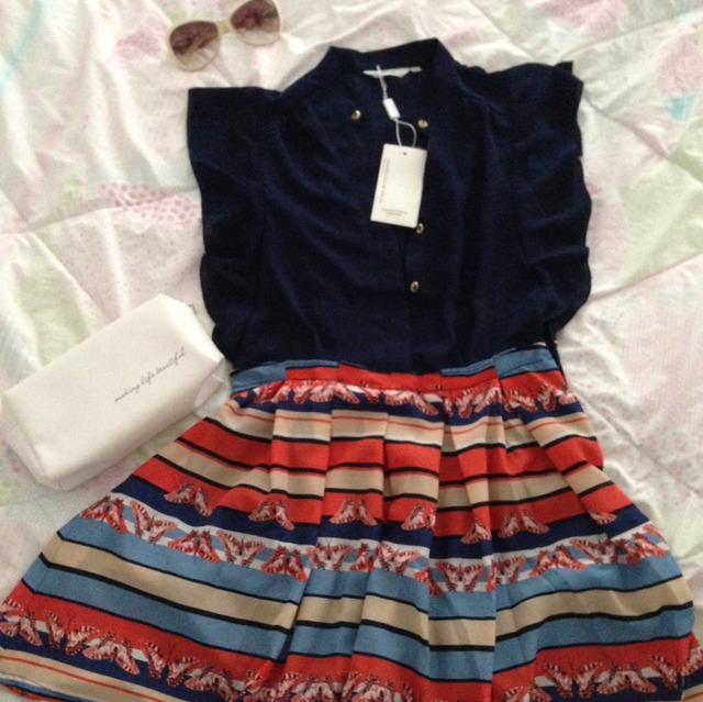 裙子叠法步骤图片