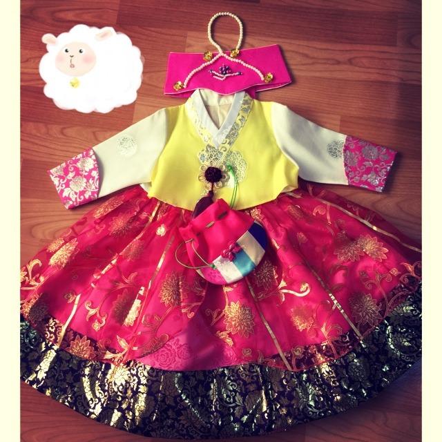 朝鲜族民族服装