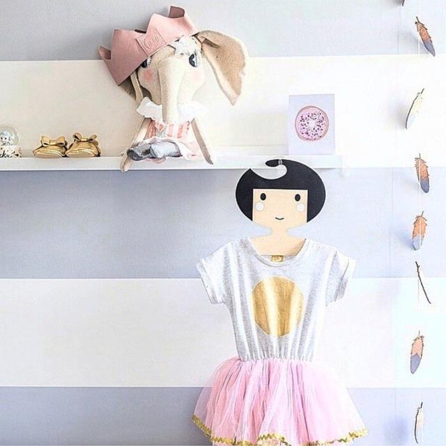 萌萌哒儿童衣架 今天把宝宝房装修好了